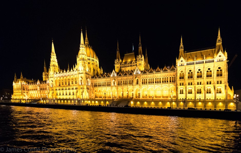 BP Parliament Night 2200