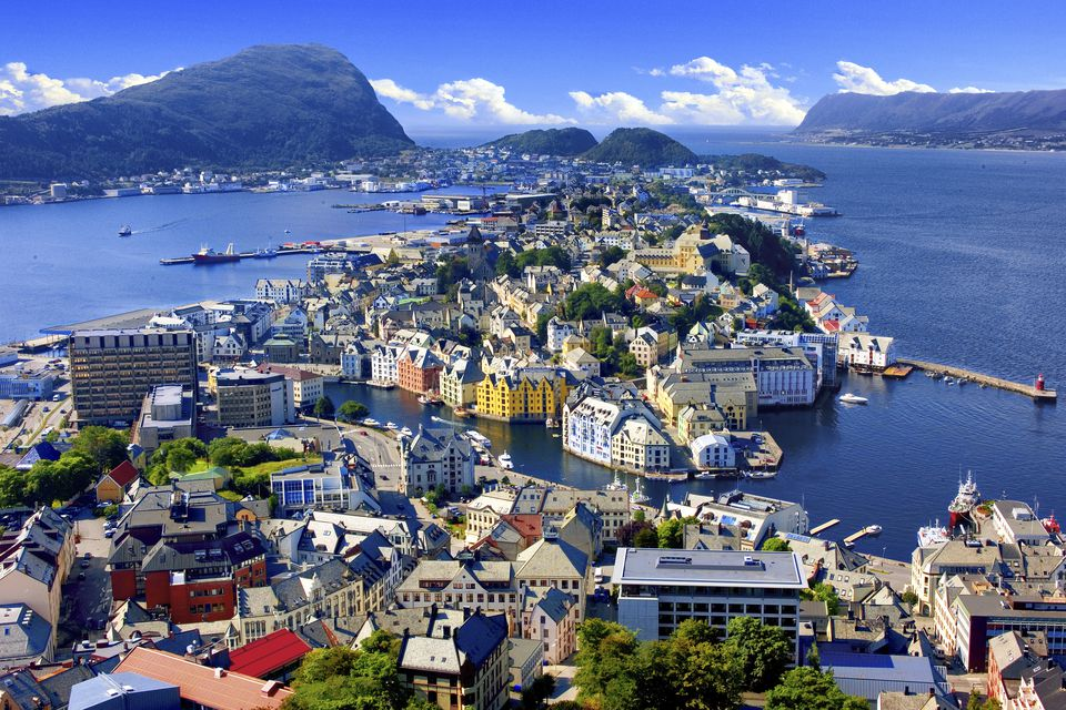 Let's All Move to Norway