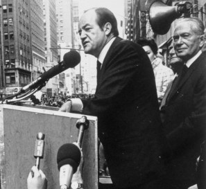 Hubert_H._Humphrey_1968_presidential_campaign._(cropped1)
