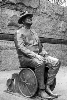 Fdr-memorial-wheelchair-sculpture1